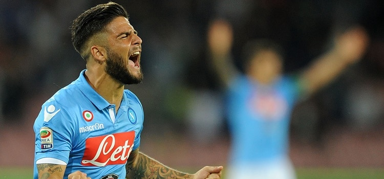 NAPLES, ITALY - October 5 : Lorenzo Insigne of Napoli celebrates after scoring goal 1-1 during the Serie A match between SSC Napoli and Torino at San Paolo Stadium on October 5 , 2014 in Naples, Italy. (Photo by Francesco Pecoraro/Getty Images)